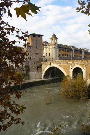Veduta dell'antico ponte sublicio e dell'isola tiberina a Roma