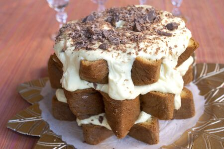 homemade sponge cake with custard and chantilly cream Imagens - 142664051