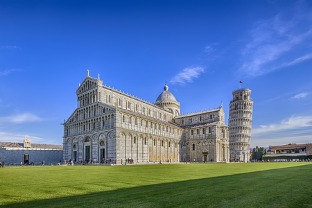 piazza dei miracoli: Cathedral of Pisa and Leaning Tower in the Square of Miracles