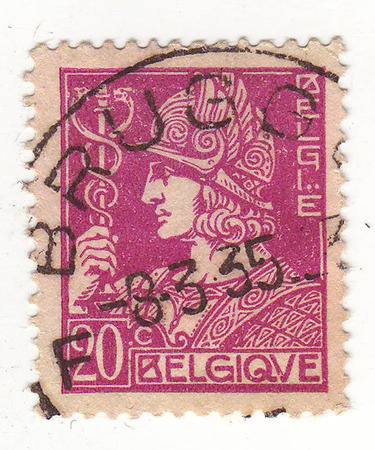 repayment: Belgian brand, Burgundy, depicts a man in a helmet, trade, price 20, 1935 repayment Stock Photo
