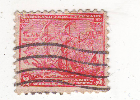 philately: the image of sailing ships in profile, on the crimson brand, the price is 3 cents Stock Photo