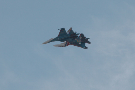 """a flight of two aircraft during the air show in Rostov-on-don with the implementation of the figure """"the Mirror"""""""