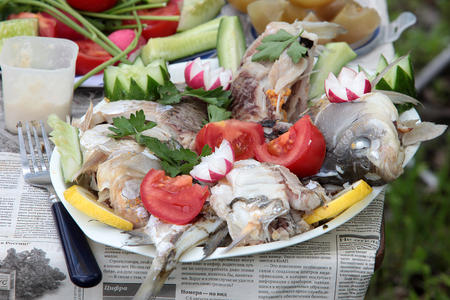 nutriments: cooking outdoors, don herring, carp, radish, cucumber, lemon,