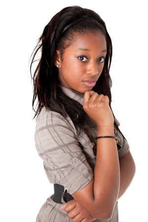 donna pensiero: Giovane bella donna afroamericana pensando
