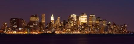 brooklyn: New York - Panoramic view of Manhattan Skyline by night Stock Photo