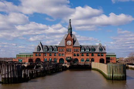 liberty island: Old train station in New York - Statue cruise Stock Photo