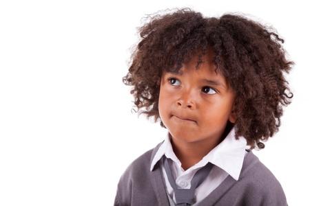 garcon africain: Portrait d'un garçon gentil africain peu américain, isolé sur fond blanc