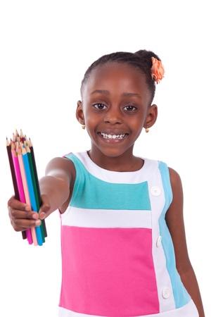 etudiant africain: African american petit crayon noir mignon de fille de la tenue de la couleur, isol? sur fond blanc - les Africains - Enfants