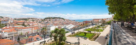 lisboa: Panoramic view of Lisbon rooftop from Sao Pedro de Alcantara viewpoint - Miradouro in Portugal Stock Photo