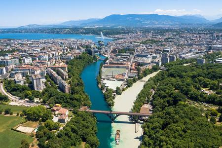 cảnh quan: điểm trên không của thành phố Geneva ở Thụy Sĩ