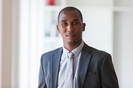 아프리카 계 미국인 비즈니스 남자 - 흑인