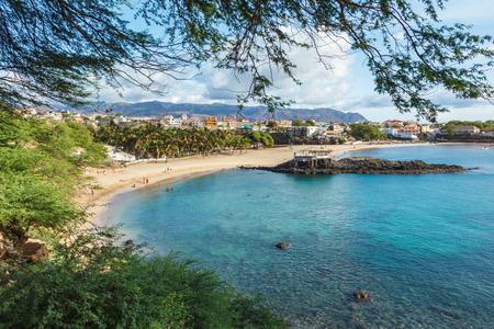 カーボベルデのカーボベルデのサンティアゴ島 Tarrafal ビーチ 写真素材