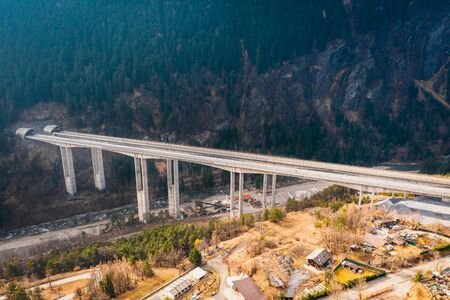 Aerial image of Bridge Mont Bardon (Ponte Mont Bardon) with highway  n Aosta Valley at the time of corona virus outbreak, northern Italy Banque d'images