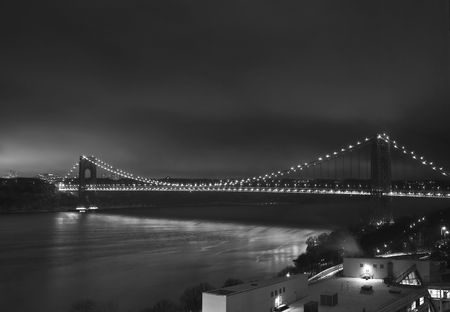 夜に光のジョージ ・ ワシントン橋 写真素材