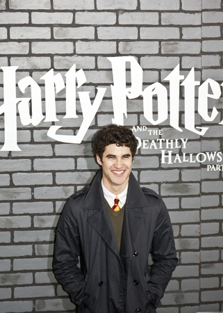 darren: NEW YORK - NOVEMBER 15:  Actor Darren Criss attends the premiere of Harry Potter and the Deathly Hallows: Part 1 at Alice Tully Hall on November 15, 2010 in New York City.