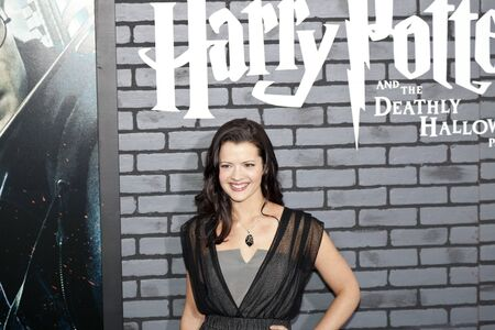 hallows: NEW YORK - NOVEMBER 15:  Actress Rose Hemingway attends the premiere of Harry Potter and the Deathly Hallows: Part 1 at Alice Tully Hall on November 15, 2010 in New York City.