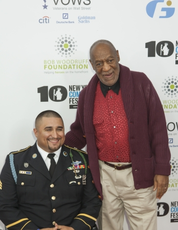 NEW YORK, NY - NOVEMBER 06  Sergeant Shane Parsons and Bill Cosby   L-R  attend the 7th annual