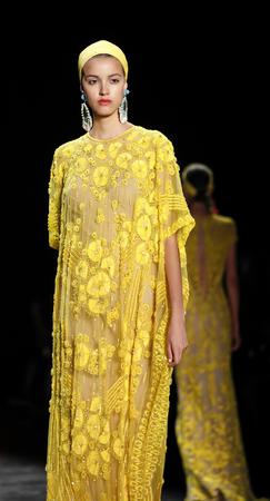 khan: New York, NY, USA - September 16, 2015: A model walks the runway at Naeem Khan runway show during of Spring 2016 New York Fashion Week at The Arc, Skylight at Moynihan Station, Manhattan.  #CFDANYFW, #NYFW, #NAEEMKHAN