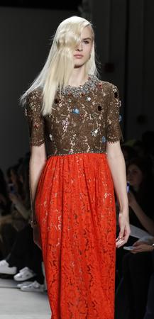 jenny: New York, NY, USA - February 14, 2016: A model walks the runway at  Jenny Packham runway show during of FallWinter 2016 New York Fashion Week at The Gallery, Skylight Clarcson Sq., Manhattan.