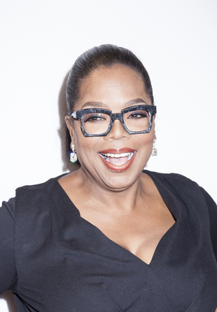 New York, NY, USA - April 20, 2016: Actress, producer Oprah Winfrey attends the 'Greenleaf' premiere during the 2016 Tribeca Film Festival at the John Zuccotti Theater at BMCC Tribeca Performing Arts Center 報道画像