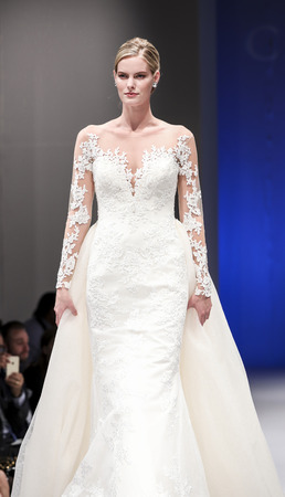 New York, NY, USA - October 8, 2016: A model walks runway for Casablanca Bridal Spring 2017 Collection during New York International Bridal Week at the Fashion Theater, Pier 94, Manhattan 新闻类图片