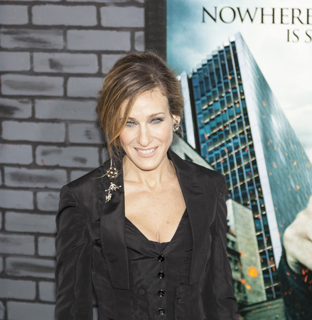 hallows: New York, NY, USA - November 15, 2010: Actress Sarah Jessica Parker attends the premiere of Harry Potter and the Deathly Hallows - Part 1 at Alice Tully Hall, Manhattan