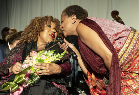 New York, NY - October 13, 2018: Roberta Flack and Lisa Fischer sing during tribute at Loft Party A Night for the Soul for Jazz Foundation of America at Hudson Studios, Manhattan Editorial