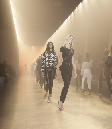 New York, NY, USA - February 8, 2019: Models walk runway rehearsal for Cushnie Fall/Winter 2019 collection during New York Fashion at Spring Studios, Manhattan 報道画像