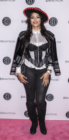 New York, NY, USA - April 6, 2019: Sincerely Ward attends Beautycon Festival NYC 2019 at Jacob K. Javits Convention Center, Manhattan Фото со стока - 120753838