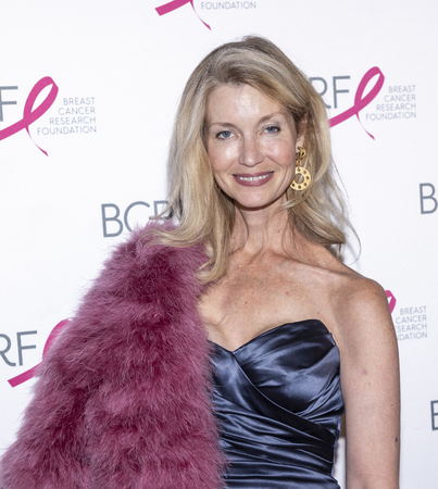 New York, NY, USA - May 15, 2019: Simone Winston attends the Breast Cancer Research Foundation 2019 Hot Pink Party at Park Avenue Armory, Manhattan Sajtókép