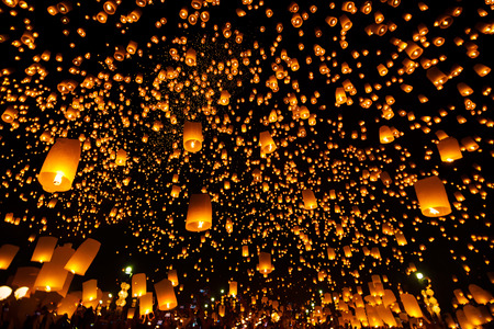 SANSAI, CHIANGMAI, THAILAND - OCT 25: Yee Peng Festival, Loy Krathong celebration with more than a thousand floating lanterns in Chiangmai, Thailand on October 25, 2014