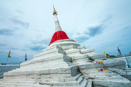lopsided: A signature lopsided pagoda of Koh Kret island in Nonthaburi province near Bangkok, Thailand.