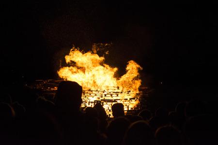 siloette: Bonfire night