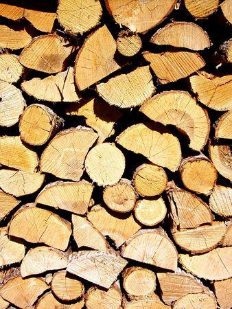 Wood stacked for winter Standard-Bild