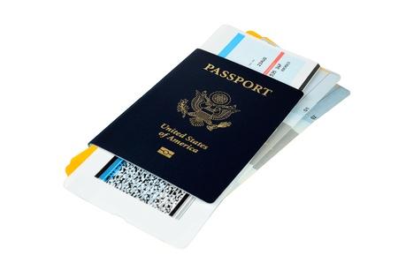 US-Pass mit drei Bordkarten auf weißem Hintergrund Standard-Bild - 14462729