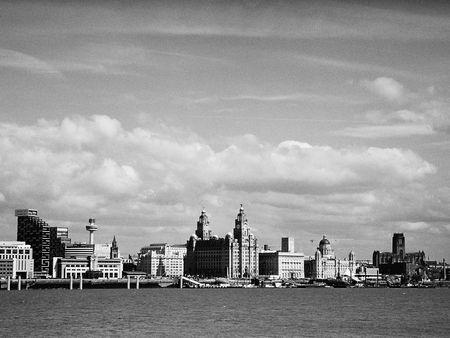 merseyside: Liverpool Skyline