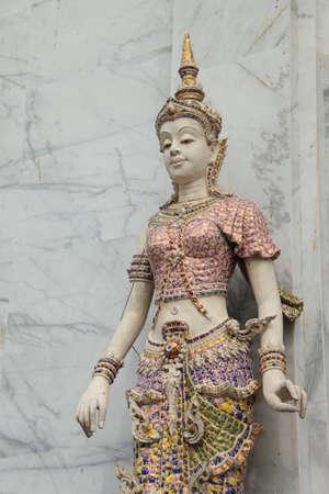 statue thai photo
