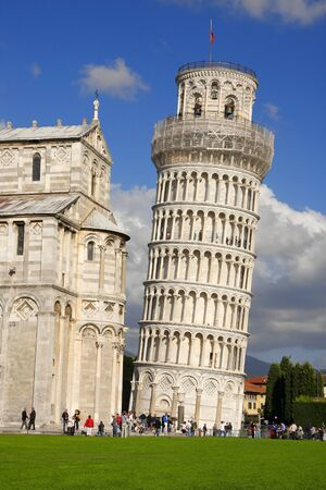 famous Leaning Tower of PISA in Italy  Stock Photo - 12159454