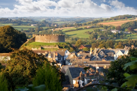devon: Panorama of Totnes with castle, Devon, England