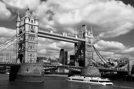 london tower bridge: Famous Tower Bridge in London, England