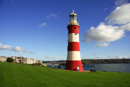 devon: Colorful Lighthouse in Plymouth, Devon, England