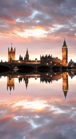 decker: Famous Big Ben in the evening with bridge, London, England