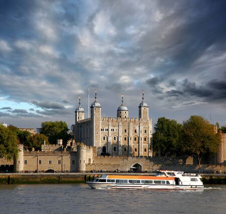 thames: London with Tower Hill old castle against city cruise, England