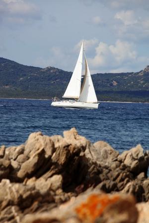 rotondo: White sailboat in Sardinia, Costa Esmeralda, Italy Stock Photo