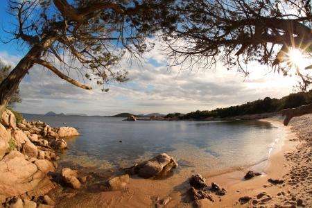 sardaigne: Costa Smeralda avec �tonnante plage de Capriccioli, Sardaigne Banque d'images