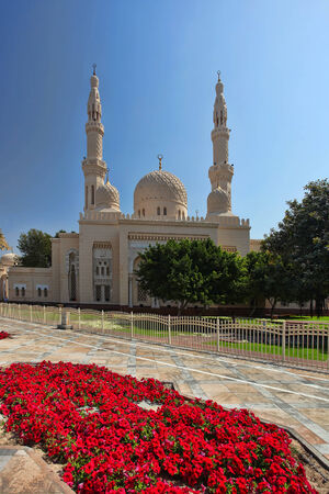 Jumeira Mosque in Dubai,UAE photo