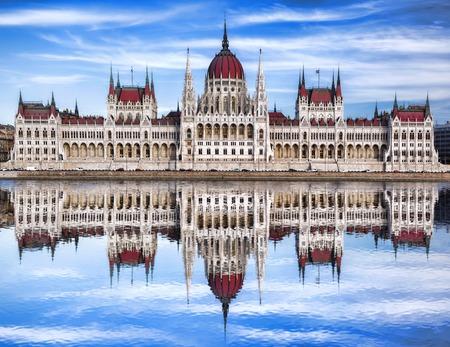 부다페스트, 헝가리 강물에 유명한 의회 스톡 콘텐츠