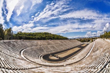 Panathenaeïsche stadion in Athene, Griekenland (gastheer voor de eerste moderne Olympische Spelen in 1896 Redactioneel