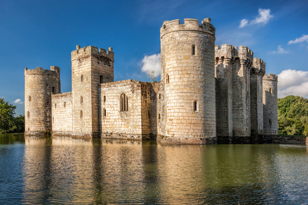 Historic Bodiam Castle in East Sussex, England 新聞圖片