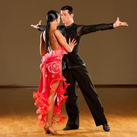 latino dance couple in action Archivio Fotografico